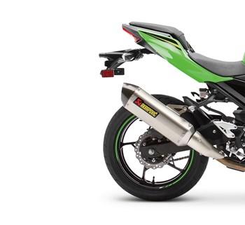Ninja® 400 / Z400 Akrapovic Slip-On Exhaust