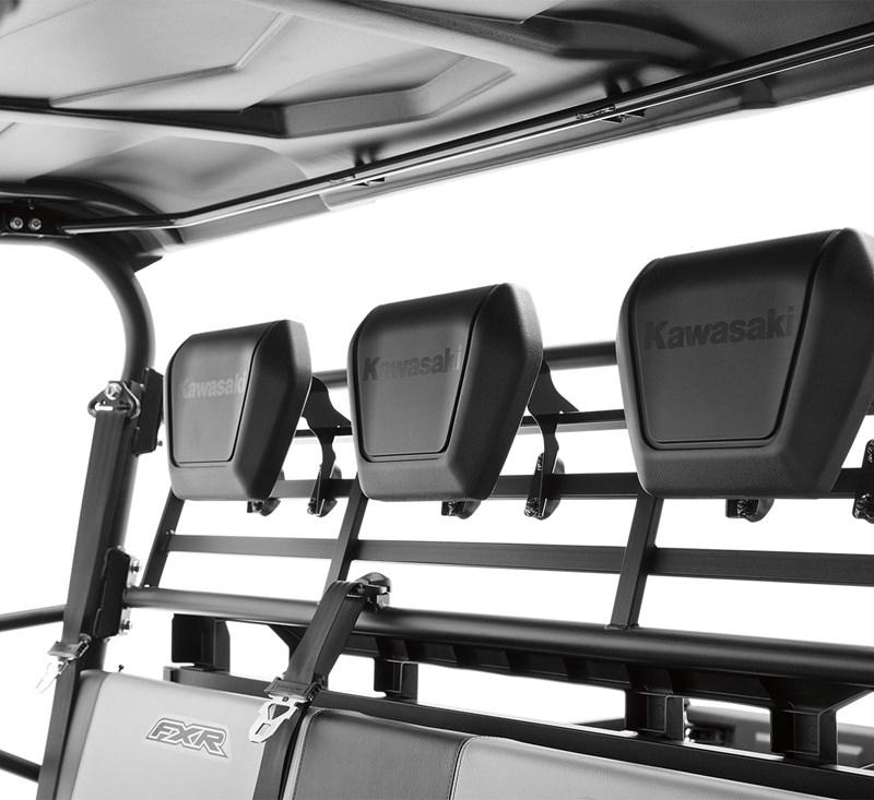 Headrest detail photo 3
