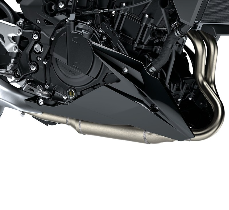 Lower Cowling, Metallic Spark Black/660 detail photo 2