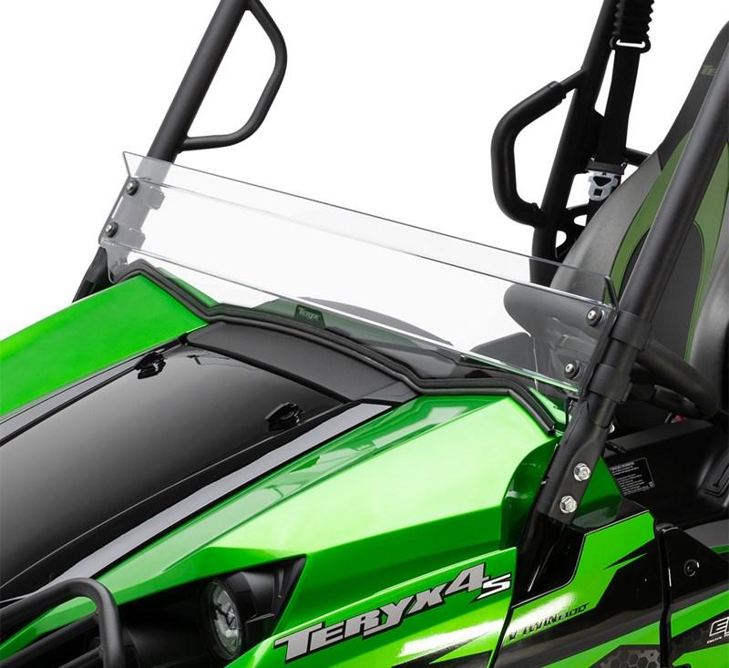 KQR™ Half Windshield  detail photo 1