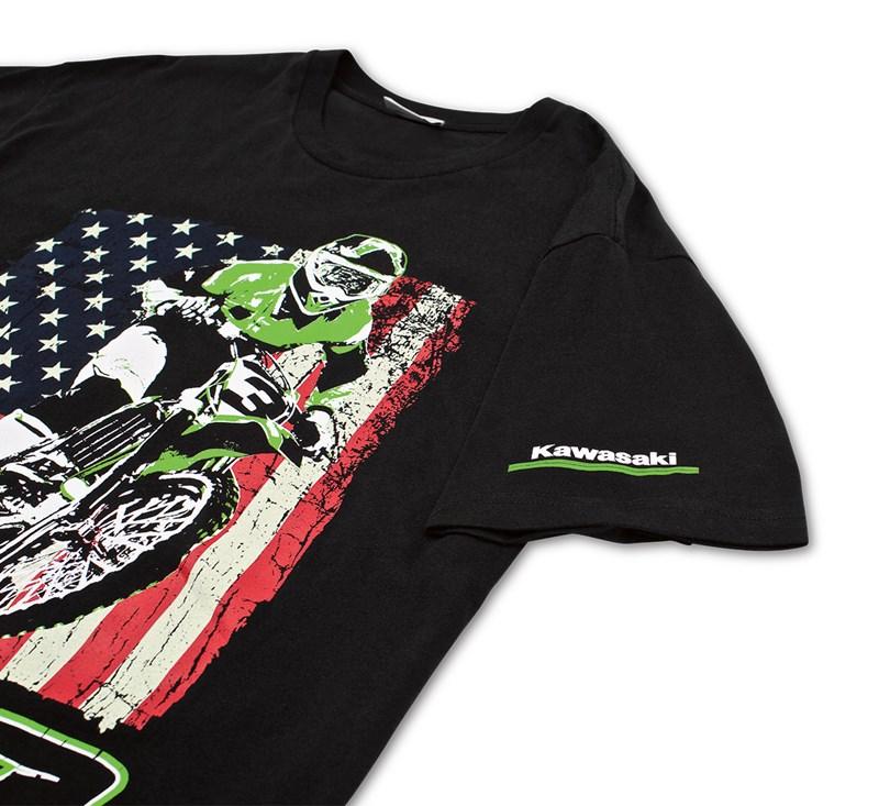 ET3 Distressed Flag T-Shirt detail photo 3