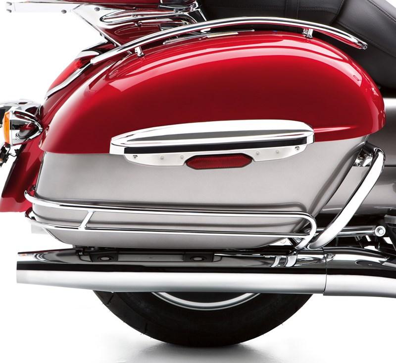 Saddlebag Side Trim Set, Chrome detail photo 1