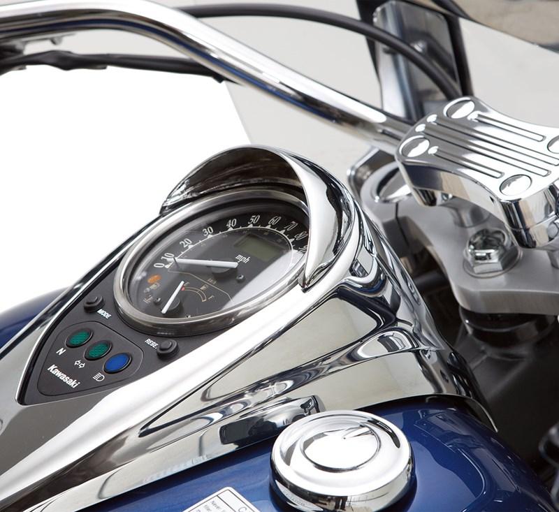 Speedometer Visor, Chrome detail photo 1
