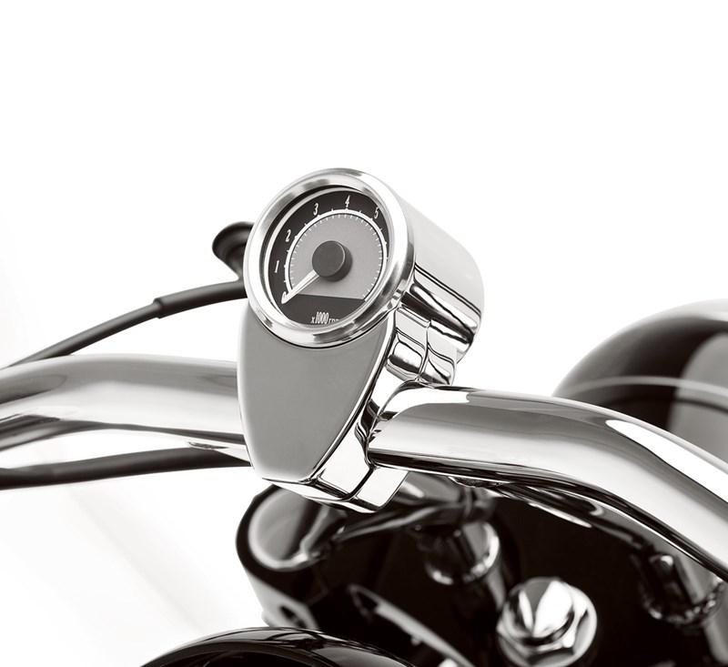 Mini Tachometer, Chrome detail photo 1